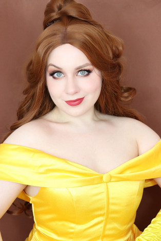 Lillee Jean Belle Cosplay