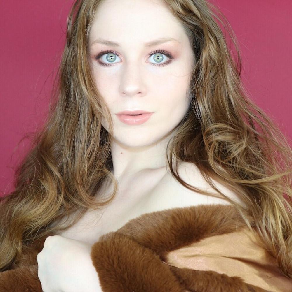 Charlotte Tilbury Pillow Talk Luxury Palette of POPS Makeup Tutorial | Lillee Jean
