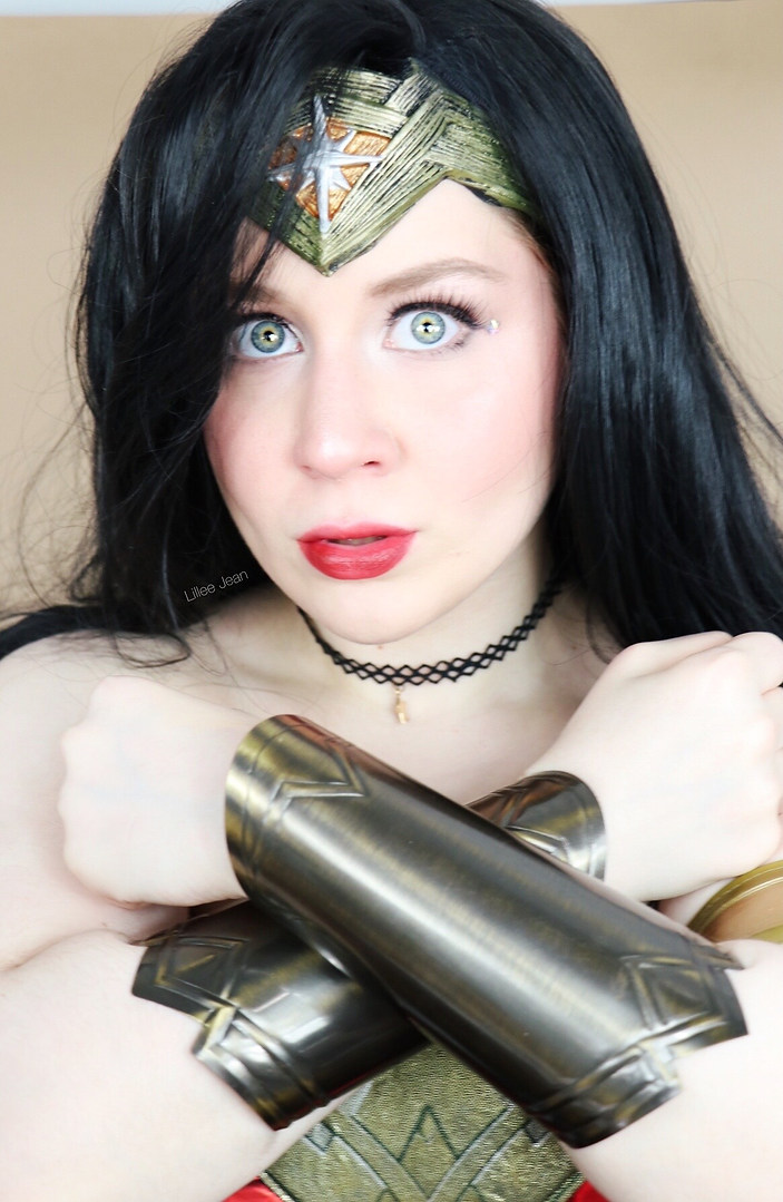 Lillee Jean Wonder Woman Cosplay