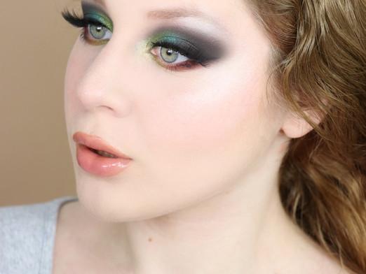 Lime Crime Venus 2 Autumn Green Smokey Eye 2020 Makeup Tutorial   Lillee Jean