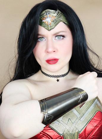 Lillee Jean Wonder Woman Cosplay