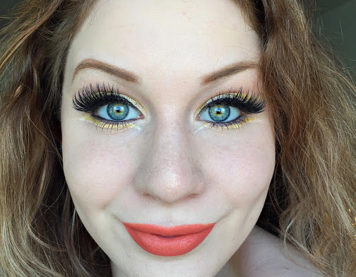 Abstract Lemon & White Gold Cut Crease Makeup Tutorial