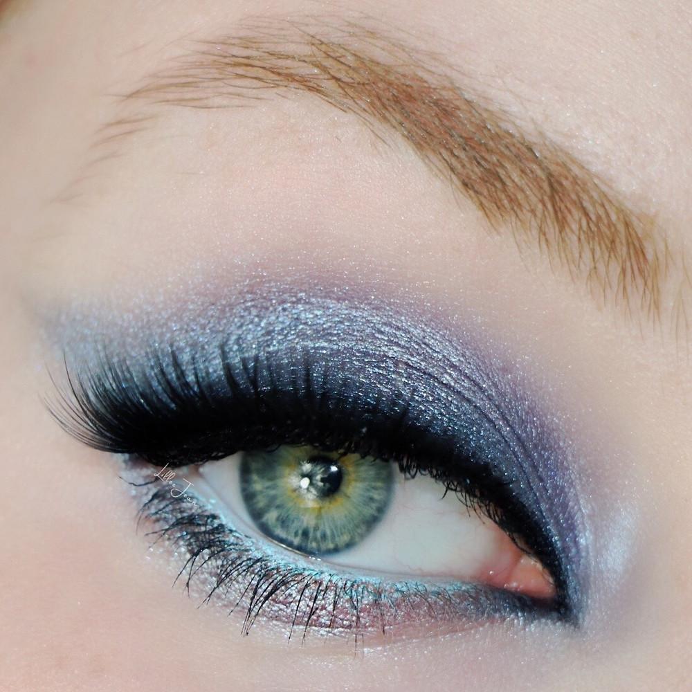HipDot Clueless Blue Smokey Makeup Tutorial 2021 | Lillee Jean