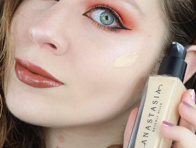 Anastasia Beverly Hills Luminous Foundation Review 120W