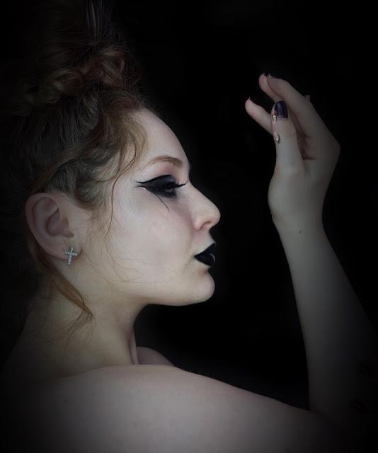 Yin & Yang Black & White Makeup Look 2017 | Lillee Jean