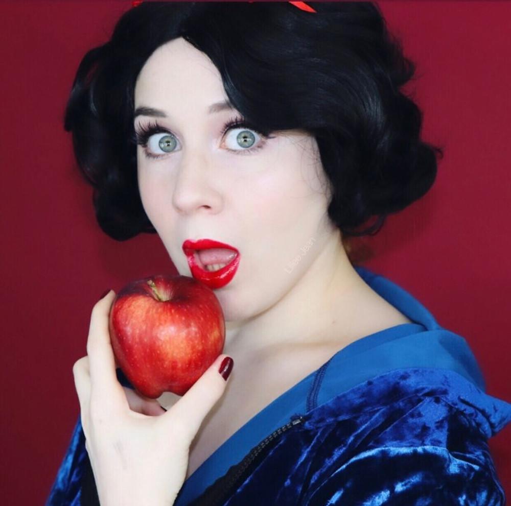 Snow White Makeup Tutorial Halloween 2019 | Lillee Jean