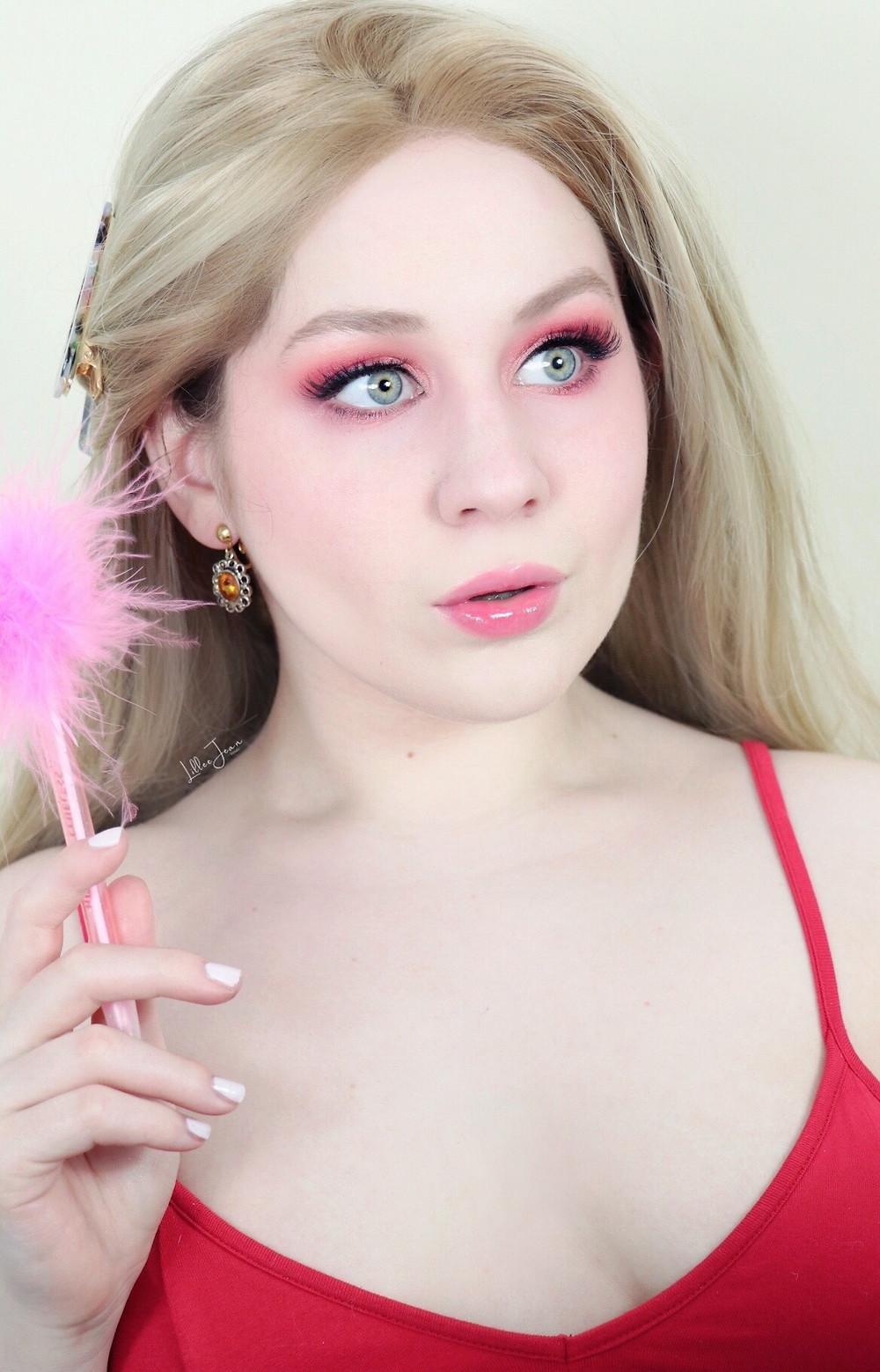 HipDot X Clueless Cher Horowitz Makeup Tutorial + Review 2021 | Lillee Jean