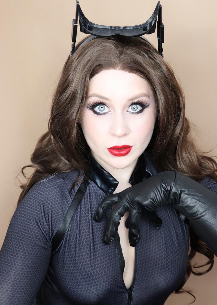 CATWOMAN Anne Hathaway Inspired Makeup Tutorial | BATMAN ...