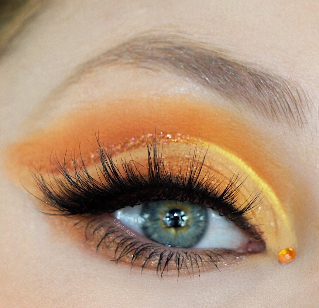 Lillee Jean Creative Yellow Orange Makeup