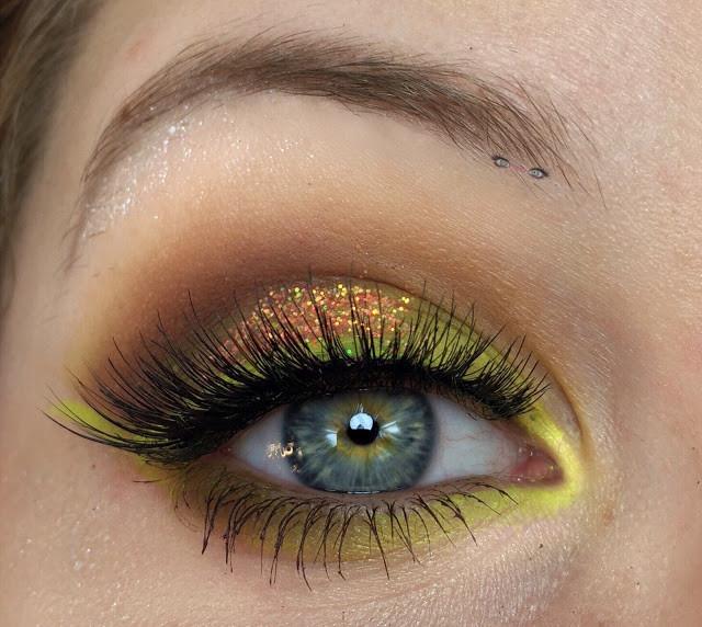 Neon Yellow & Glittery Coral Smokey Eye Makeup Tutorial 2017 | Lillee Jean