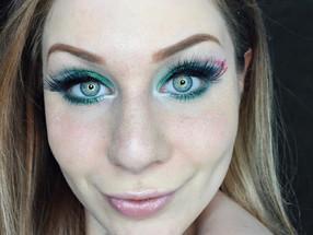 Holiday Series: Emerald Green Christmas Present Inspired Cut Crease Makeup Tutorial | Morphe 35U Pal