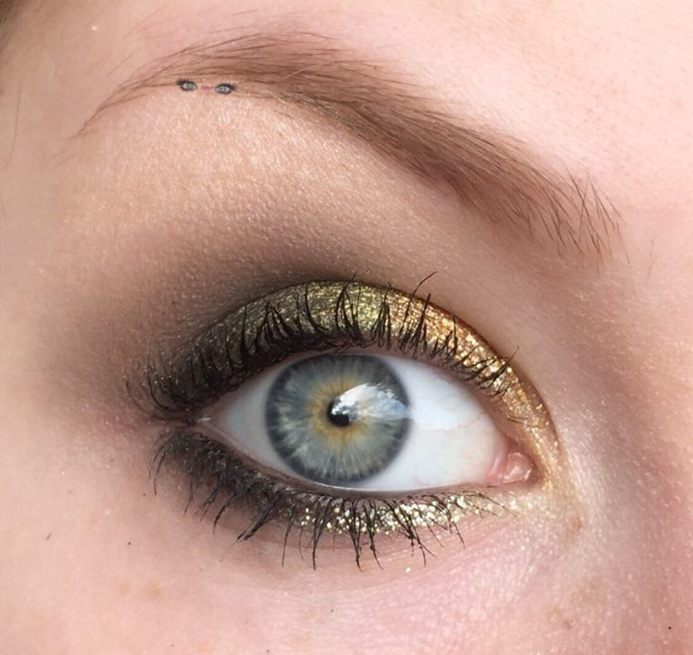 Saint Patricks Day Pot O' Gold Shimmery Green & Copper Makeup Look 2018 | Lillee Jean