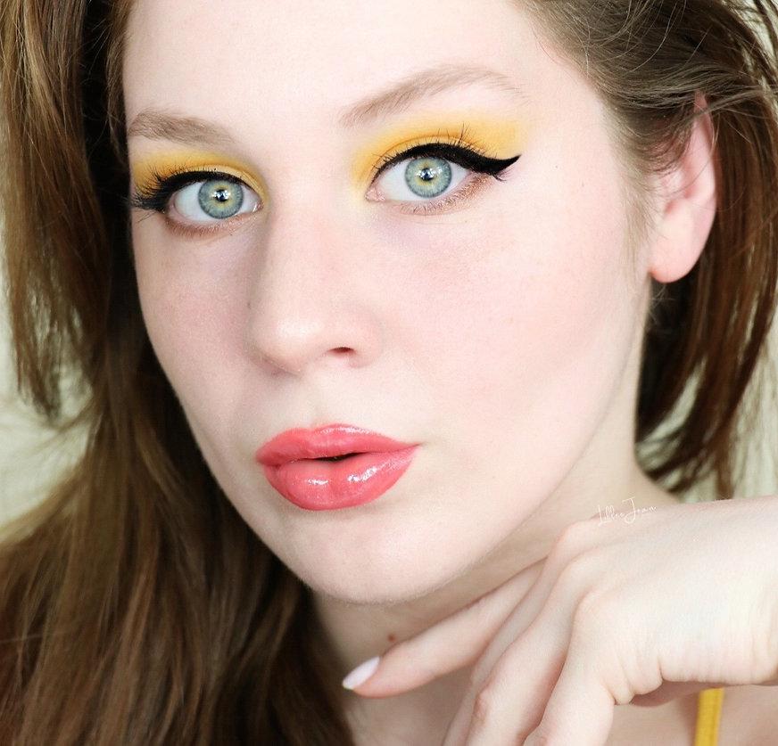Lillee Jean Yellow Eyeshadow, blue eyes, model