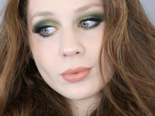 St. Patricks Day Green Glitter Makeup Tutorial 2020   Lillee Jean