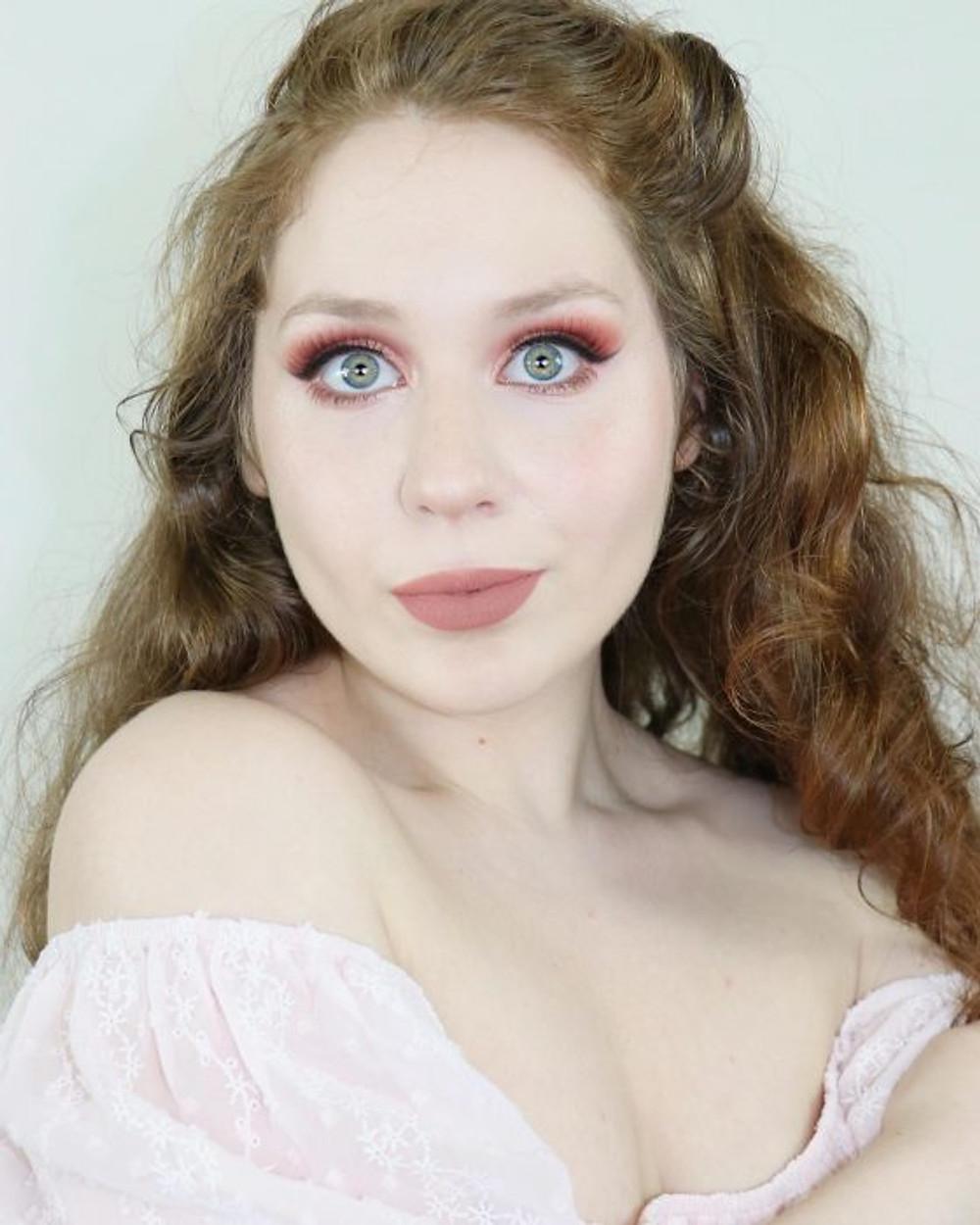 ONE DIP CHALLENGE Natasha Denona Coral Makeup Tutorial 2020 | Lillee Jean