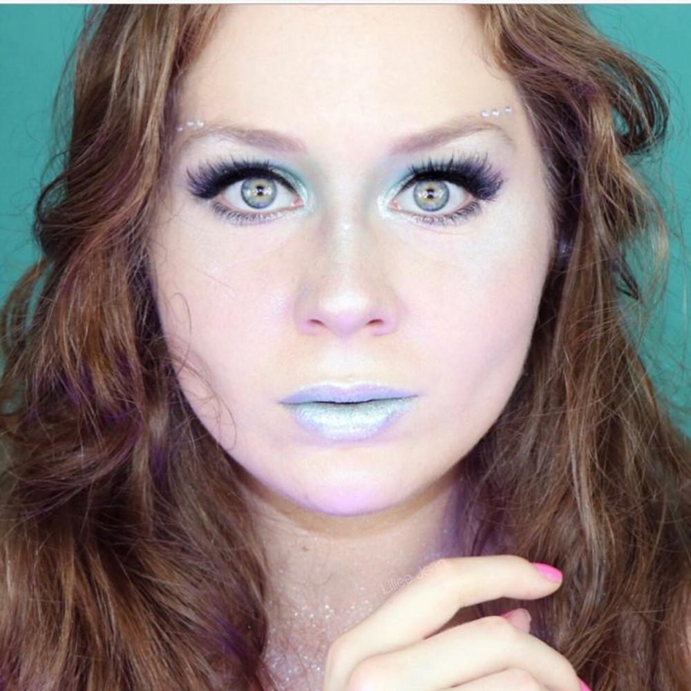 Glittery Teal and Opal MERMAID Halloween Makeup Tutorial 2019 | Lillee Jean