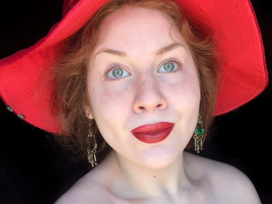 Natural Face + Besame 1946 Red Velvet Lipstick