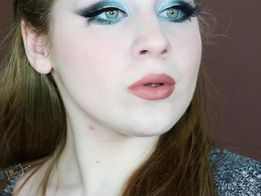 Huda Beauty Mercury Retrograde Teal Black Smokey Makeup Tutorial 2020 | Lillee Jean