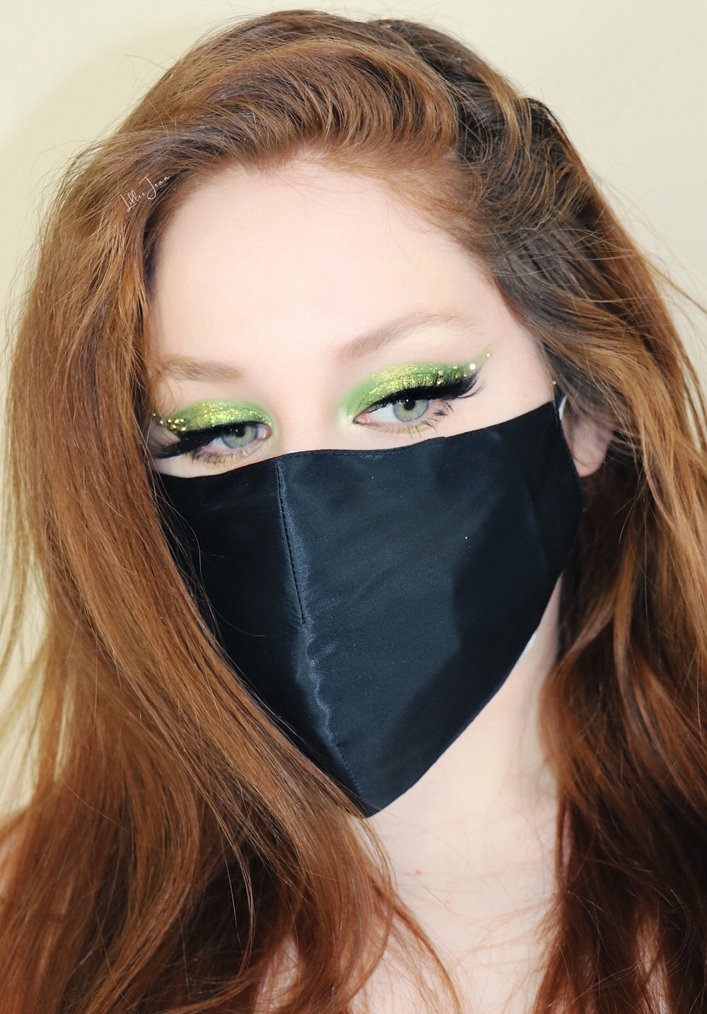 MASK Saint Patricks Day Green Glittery Makeup Revolution Paradise Makeup Tutorial 2021 | Lillee Jean