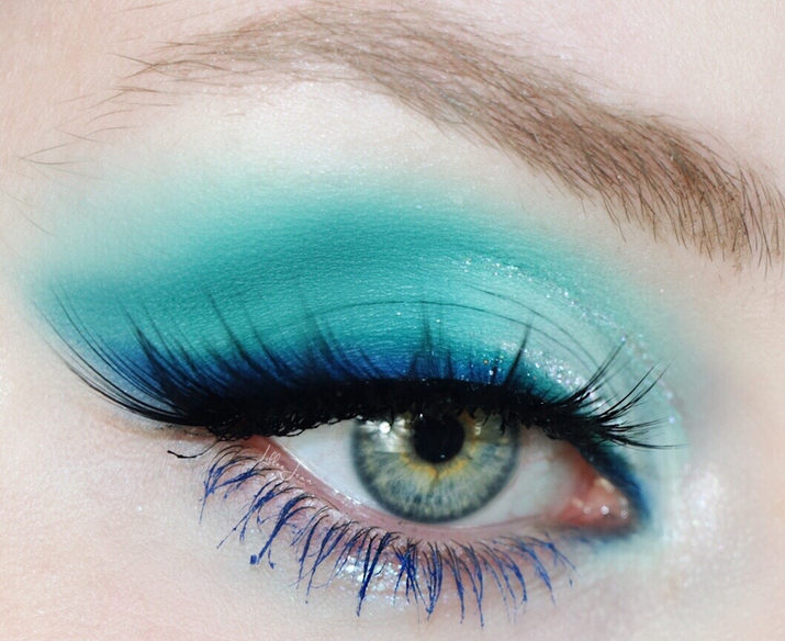 Blue and Teal Eyeshadow by Lillee Jean