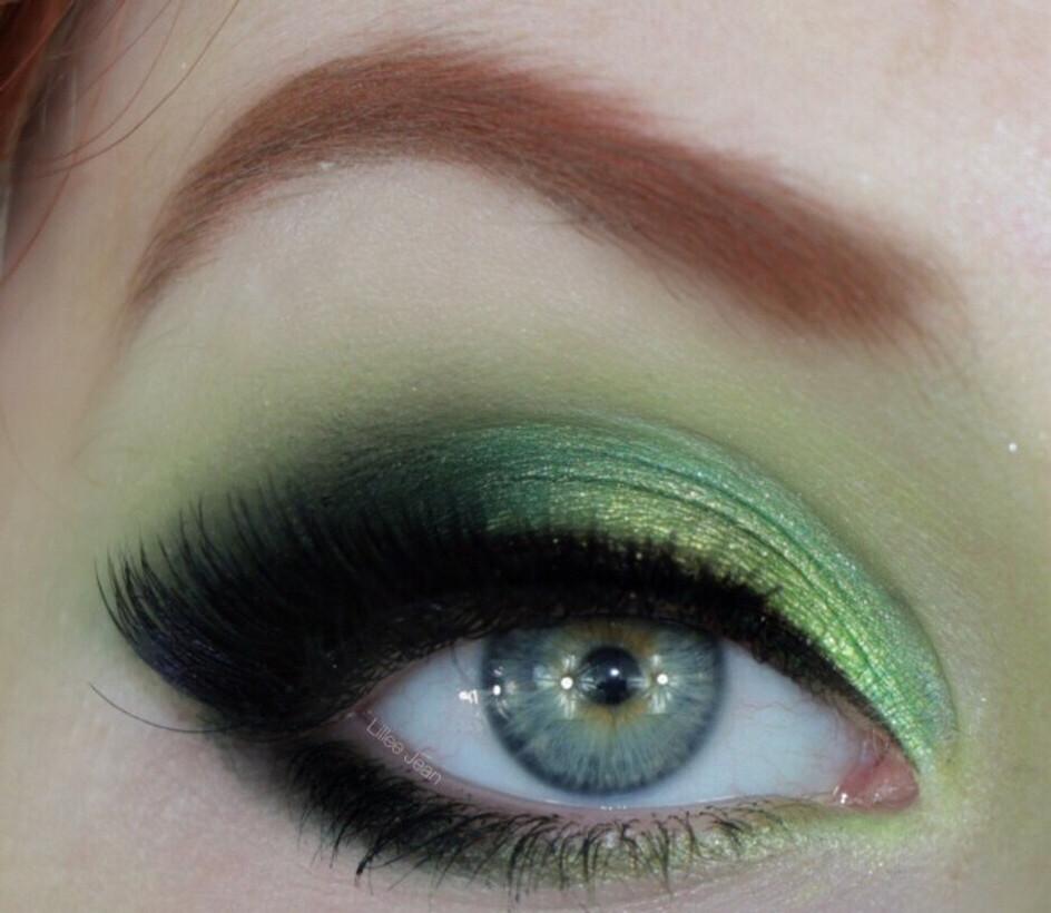 Poison Ivy Halloween Makeup Tutorial DC Comics 2019 | Lillee Jean