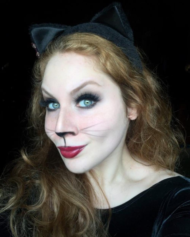 Sexy Kitty Cat Halloween Makeup Look 2017 | Lillee Jean