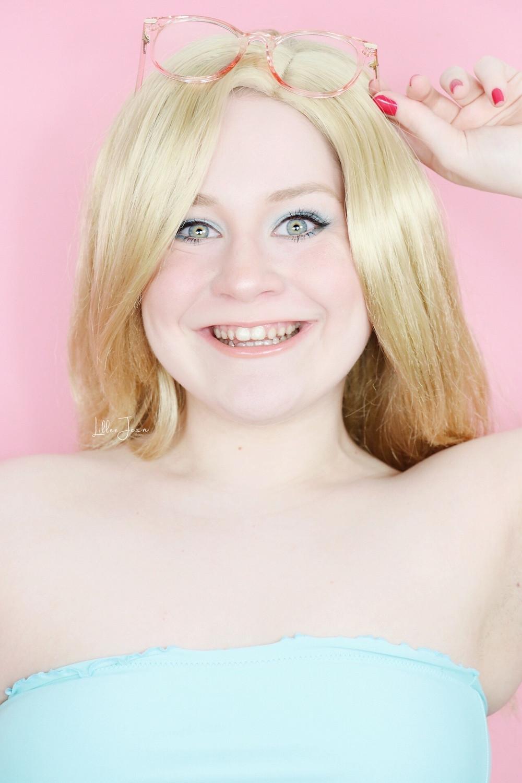 Malibu Barbie 1971 Blue Eyeshadow Makeup Tutorial 2021 | Lillee Jean
