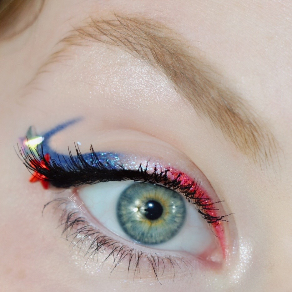 Fourth of July Wearable Makeup | Graphic Liner 2021 | Lillee Jean