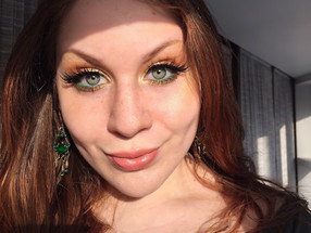Saint Patricks Day Golden Makeup Look W/ Pop of Green
