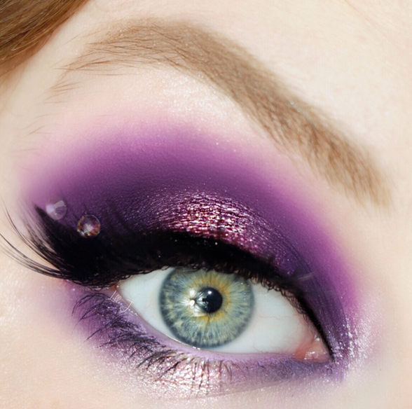 Lillee Jean Purple Eyeshadow.JPG
