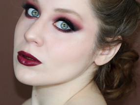 Morphe 35O3 Vampy Holiday Burgundy Makeup Tutorial | Lillee Jean