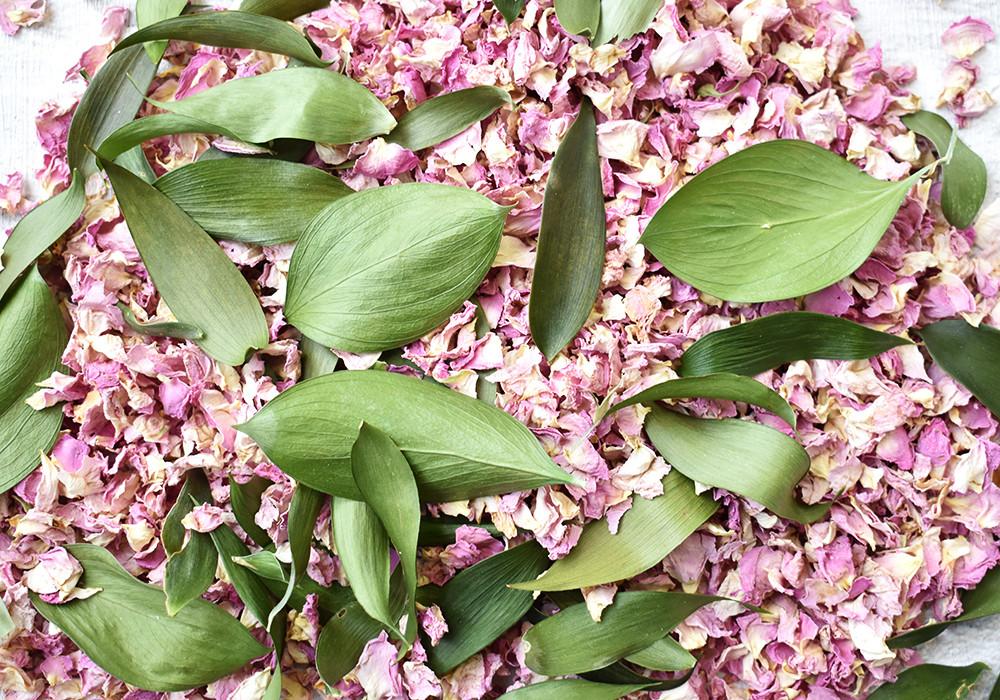 Rose Petal Confetti | Natural Confetti | Leaf Confetti