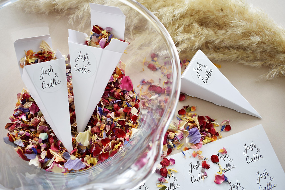 covid wedding | natural confetti | Confetti cone