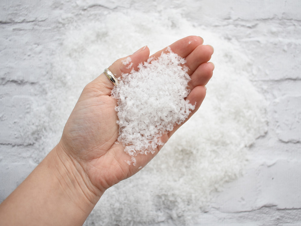 snowfetti | snow confetti | winter wedding