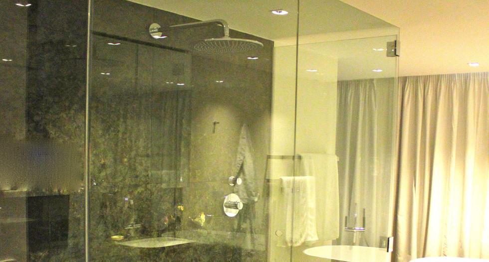 SGL Showers