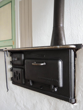 Woodstove for cooking