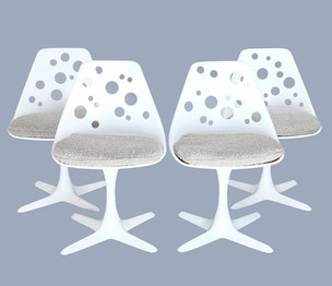 """Set of four """"tulip"""" 1960's chairs"""