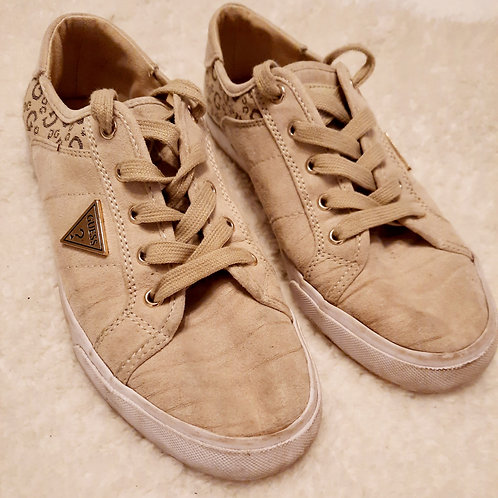 Worn Guess Trainers
