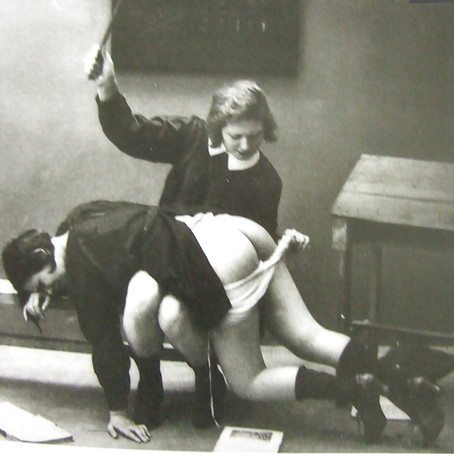 A Mistress in the art of Spanking...
