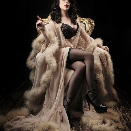 A Mistress in the art of Financial Domination...