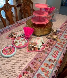 LOL Theme Party Table