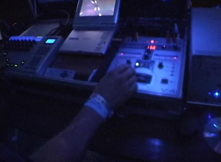 waka 2006 hand on v4.jpg