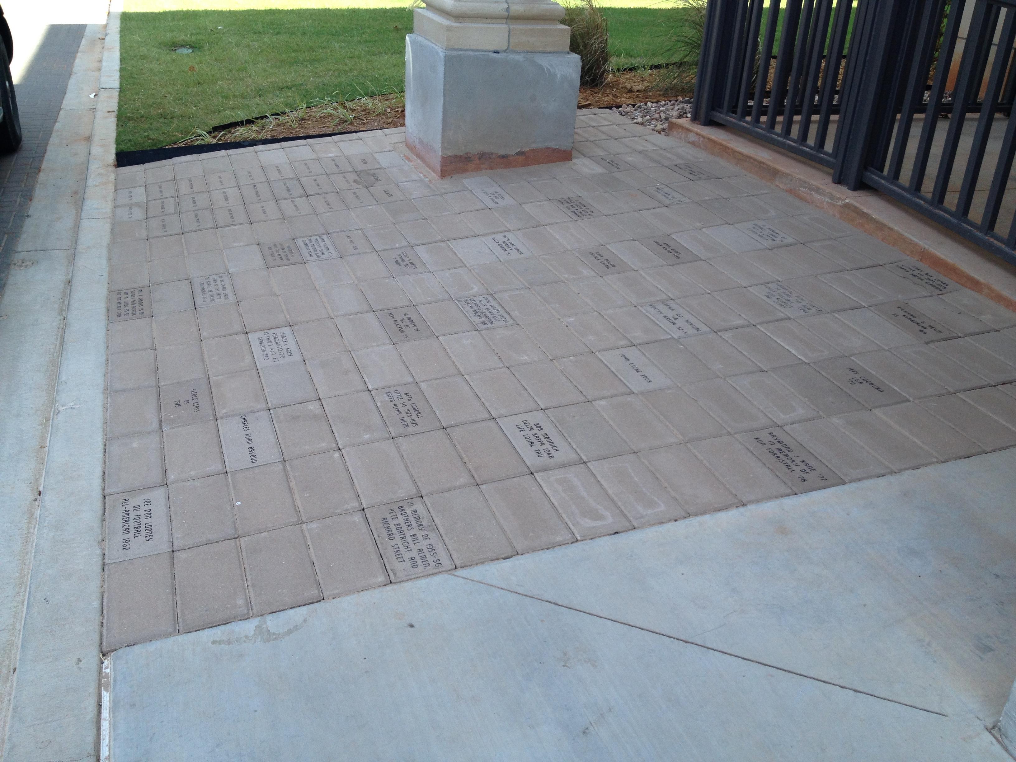Brick Sidewalks & Concrete