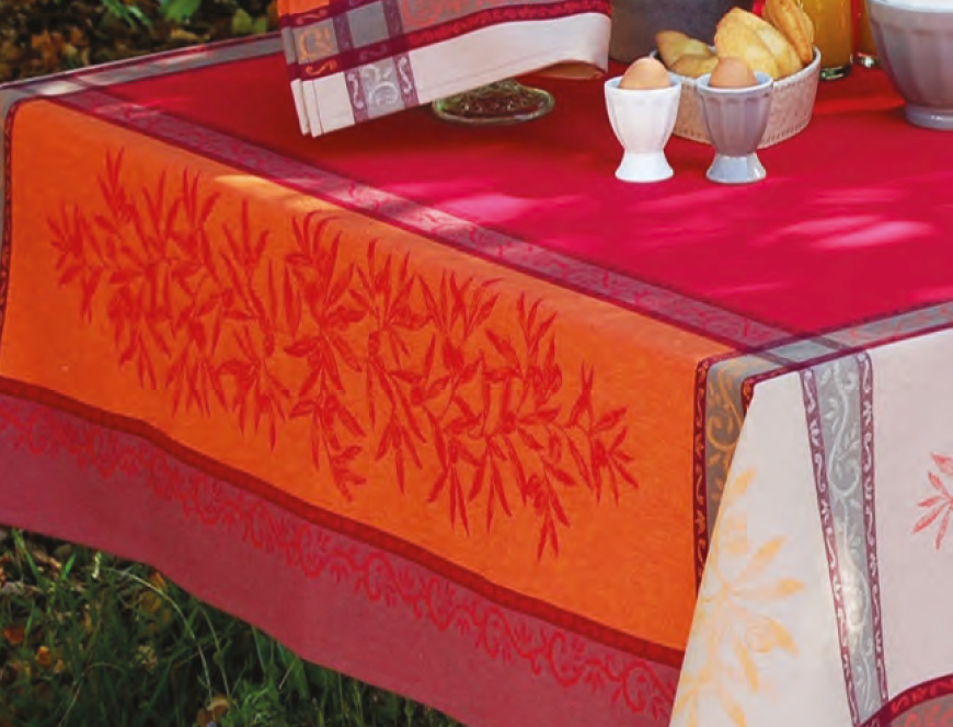 Red Olive Jacquard Woven Tablecloths
