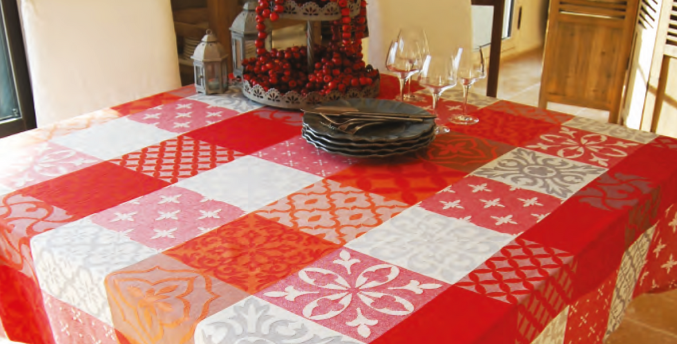 Red/Grey Carces Jacquard Woven Tablecloths
