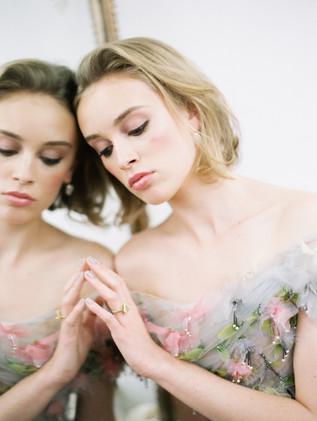 Photo by: Sophie Kaye Photography Hair by: Edilaine Bizinha Makeup by: Natalia Bizinha @nataliabbeauty