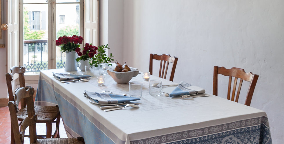 Blue/Grey Vaucluse Jacquard Woven Tablecloths