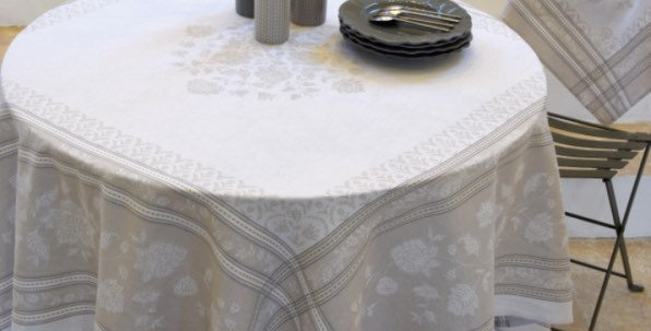 French Tablecloth Jacquard Ecru Ramatuelle