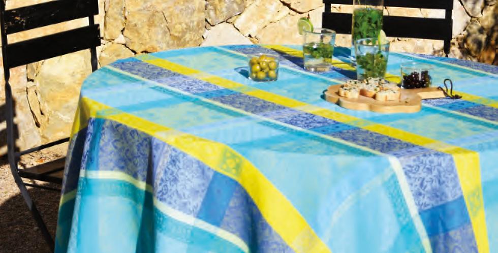 French Tablecloth/Napkin Set Jacquard Turquoise Maussane