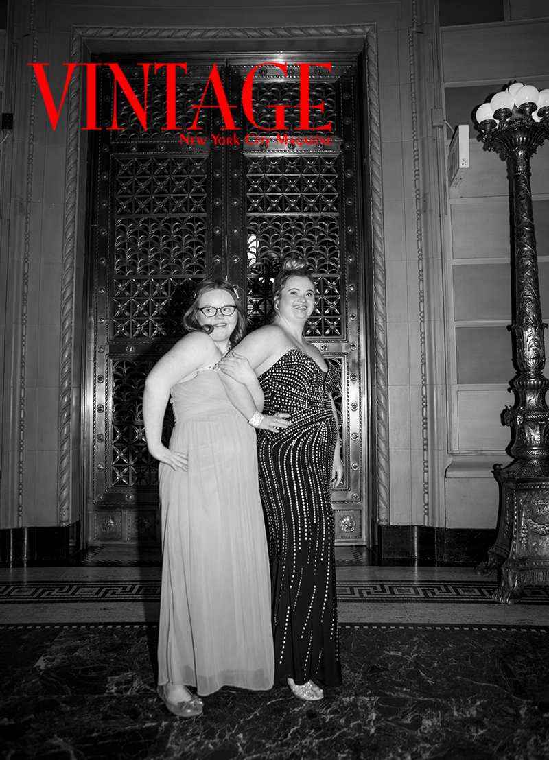 2_L0A2089Vintage NYC Magazine at N-2